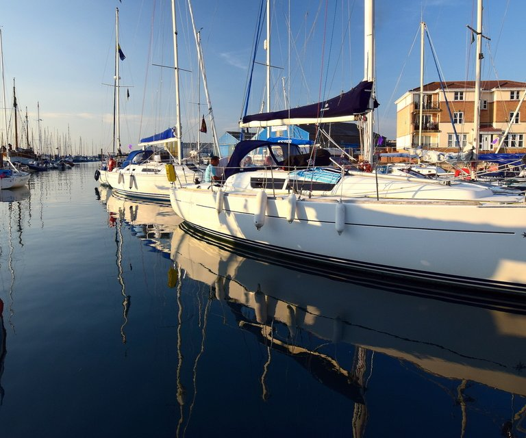 boatfolk east cowes marina services and faciltiies