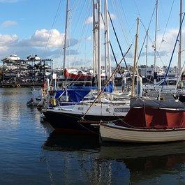 deacons boats marina