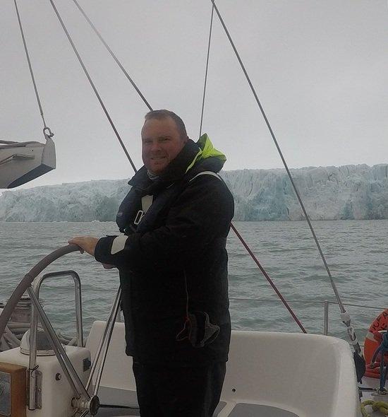 Andrew Sailing in Svelbard