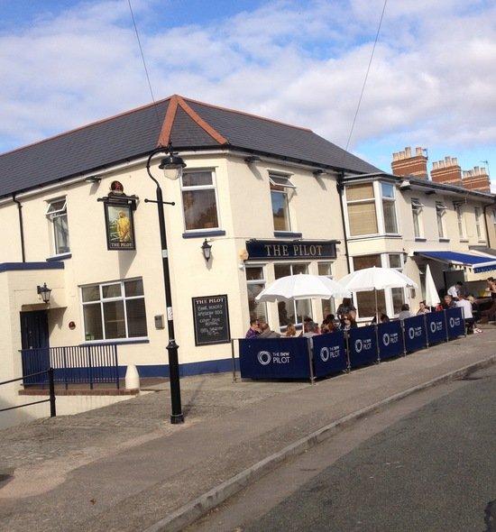 The Pilot Gastro Pub at Penarth Marina