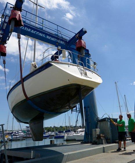 Deacons boat lifting