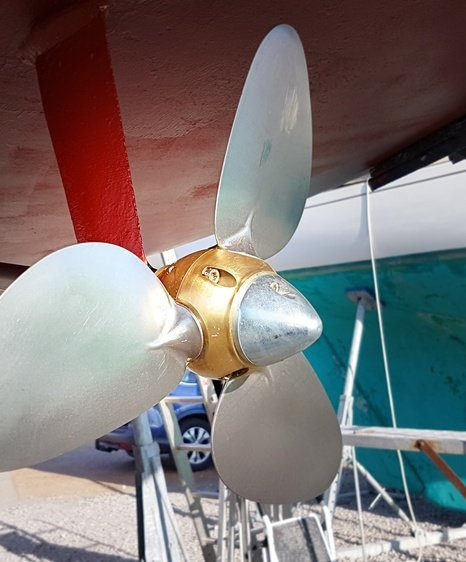 boatfolk east cowes marina services and faciltiies marine surveyors