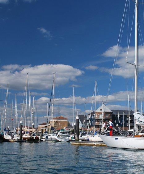 eastcowes marina
